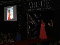 Dezember: Vogue Fashion's Night Out Gala